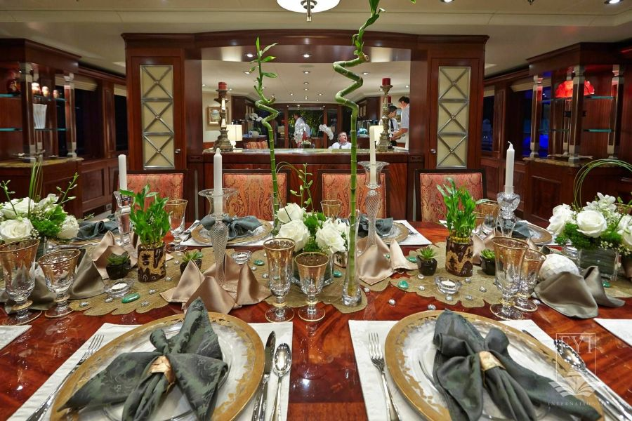 1830-Ft.-Lauderdale-Boat-Show-Table-Setting