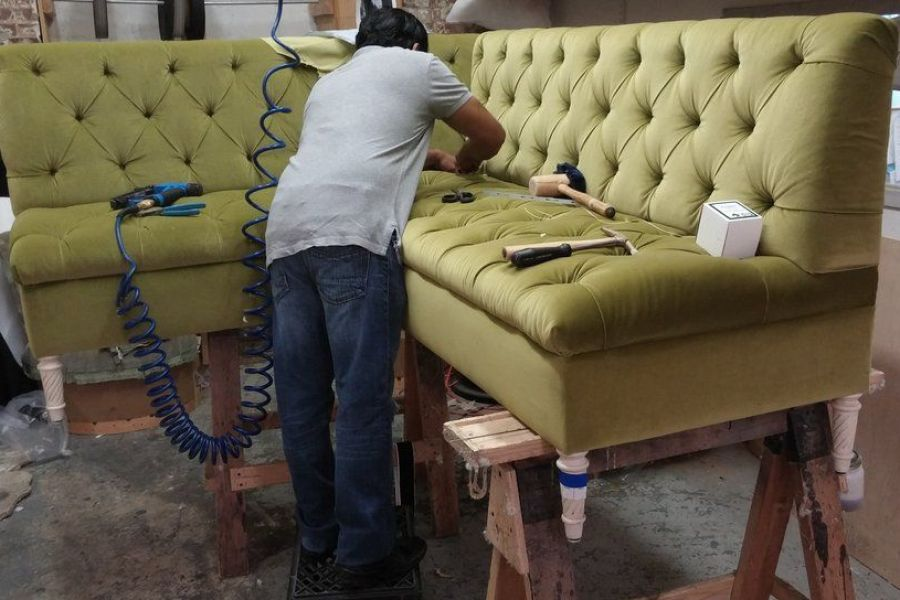 5086-couch-upholster